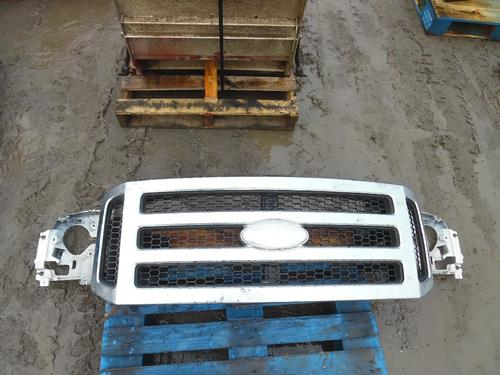 FORD F550SD (SUPER DUTY) Grille