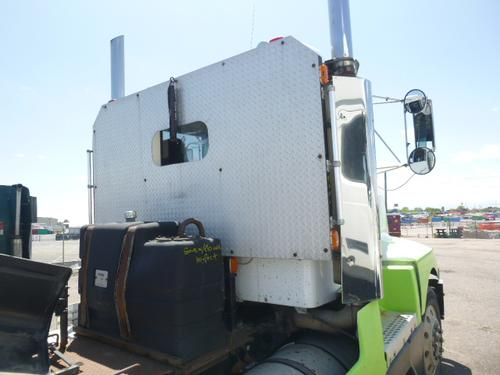 KENWORTH T600 Headache Rack