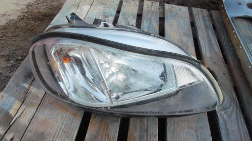 FREIGHTLINER M2 112 Headlamp Assembly