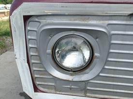 FORD F800 Headlamp Assembly