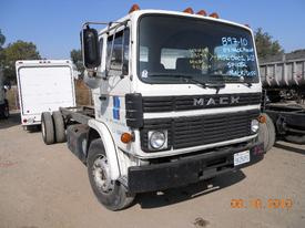 MACK MS200P Headlamp Assembly