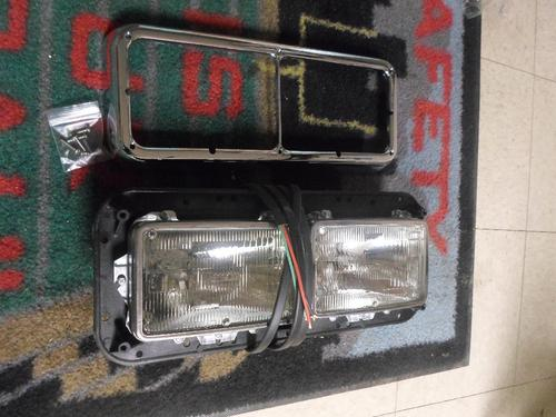 KENWORTH W900B Headlamp Assembly