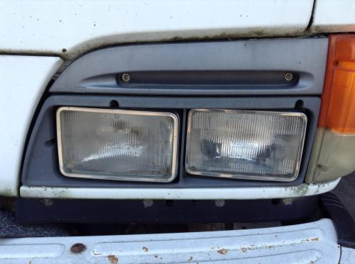 CHEVROLET W4 Headlamp Assembly