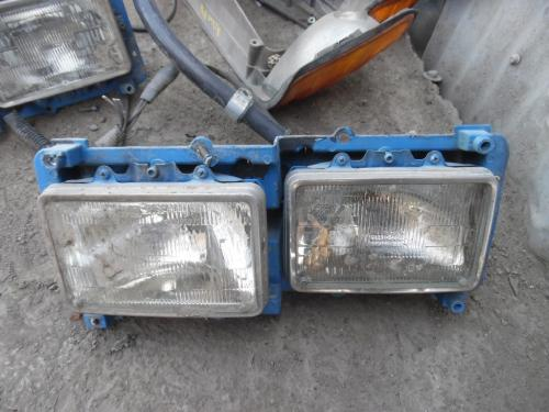 FREIGHTLINER FLD112 Headlamp Assembly