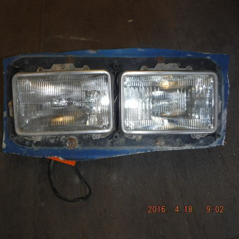 WESTERN STAR 4900 Headlamp Assembly