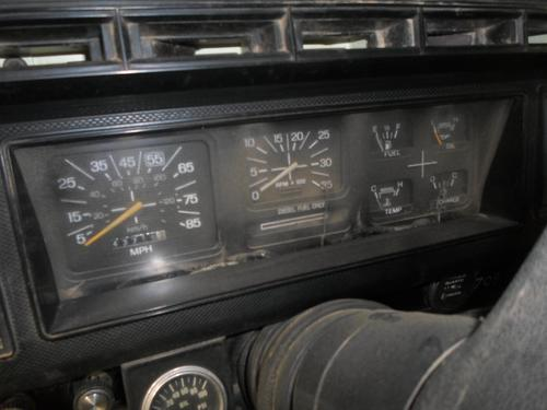 FORD F600 / F700 / F800 Instrument Cluster