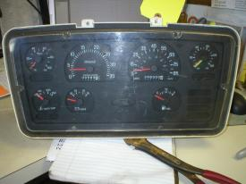 FORD/ STERLING L7500 Instrument Cluster