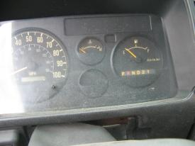 GMC - MEDIUM W5500 Instrument Cluster
