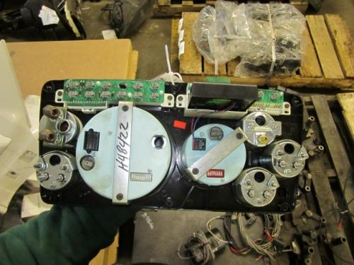 STERLING AT9500 Instrument Cluster