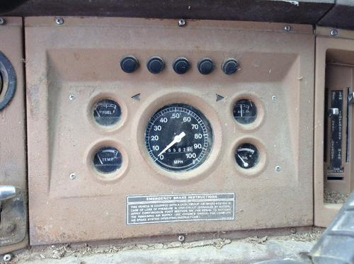 FORD LN700 Instrument Cluster