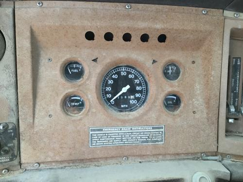 FORD 8000 Instrument Cluster