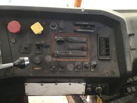 VOLVO WCA42T Instrument Cluster