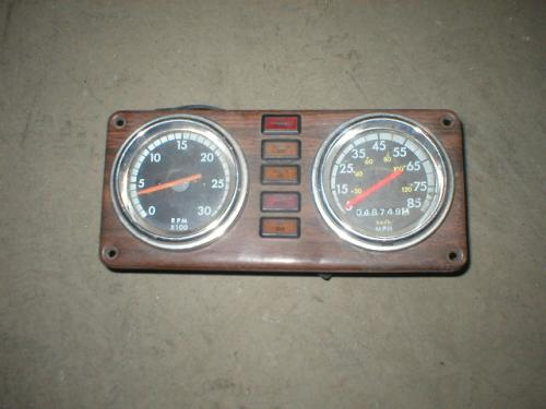 FREIGHTLINER CLASSIC Instrument Cluster