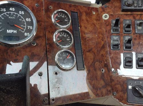 INTERNATIONAL 5500I Instrument Cluster