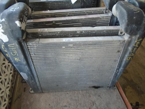 INTERNATIONAL 9800 Intercooler
