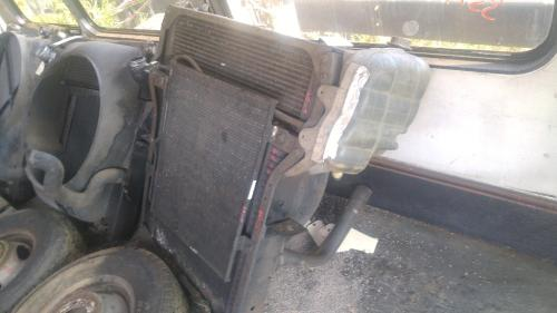 INTERNATIONAL 4400 Intercooler
