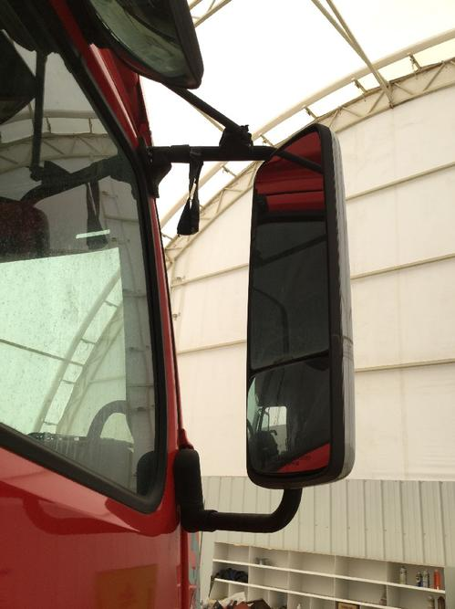 VOLVO VNL780 Mirror (Side View)