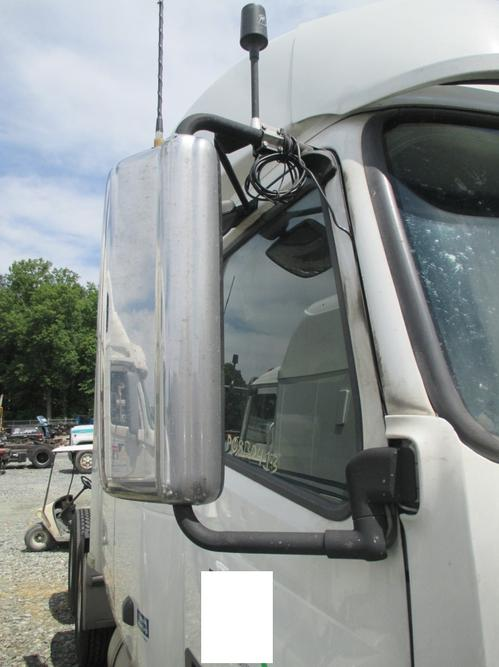 VOLVO VT Mirror (Side View)
