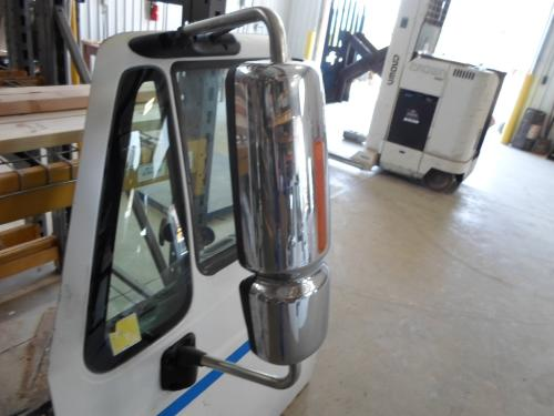 INTERNATIONAL 4300 / 7400 / 7600 / 8600 Mirror (Side View)