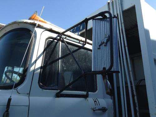 MACK R612ST Mirror (Side View)