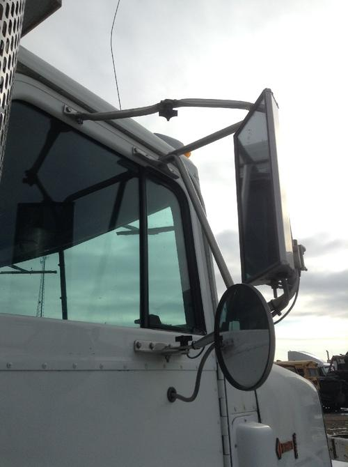 INTERNATIONAL 9300 Mirror (Side View)