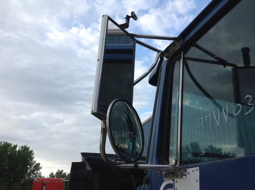 VOLVO WCA Mirror (Side View)