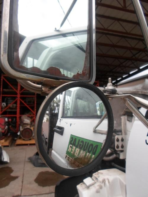 GMC TOPKICK Mirror (Side View)