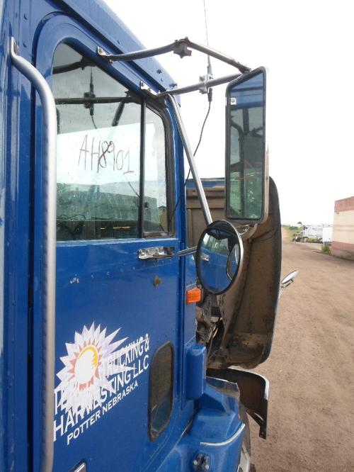 INTERNATIONAL 9100 / 9200 / 9400 Mirror (Side View)