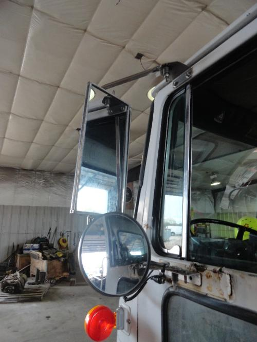 VOLVO WX XPEDITOR Mirror (Side View)