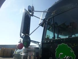 FREIGHTLINER FLD132 CLASSIC XL Mirror (Side View)