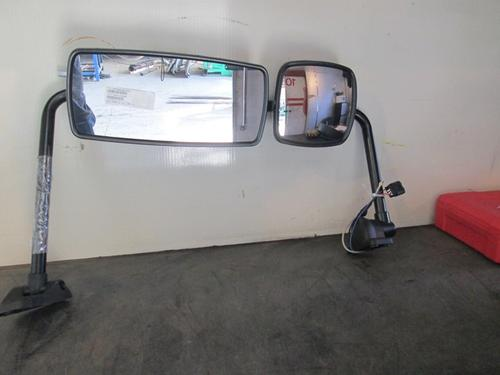 FREIGHTLINER Business Class M2 Mirror (Side View)