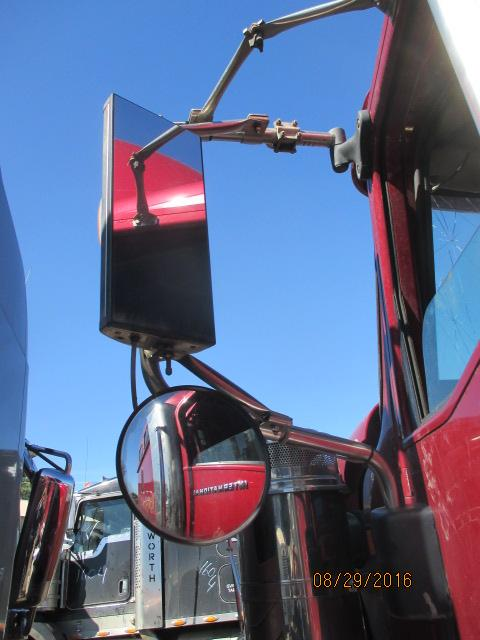 INTERNATIONAL 9900I Mirror (Side View)