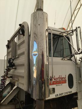 WESTERN STAR 4964S Muffler Shield
