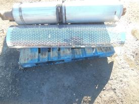 PETERBILT 387 Muffler Shield
