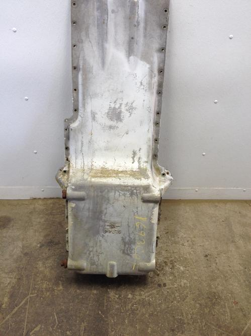 CAT 1693 Oil Pan