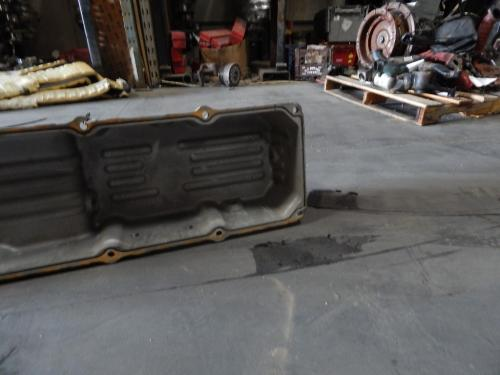 DETROIT CST112 CENTURY Oil Pan