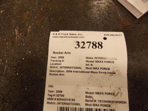INTERNATIONAL MAX FORCE Rocker Arm