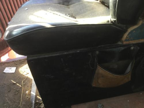 KENWORTH T600 Seat, Front