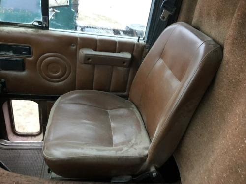 INTERNATIONAL 9670 Seat, Front