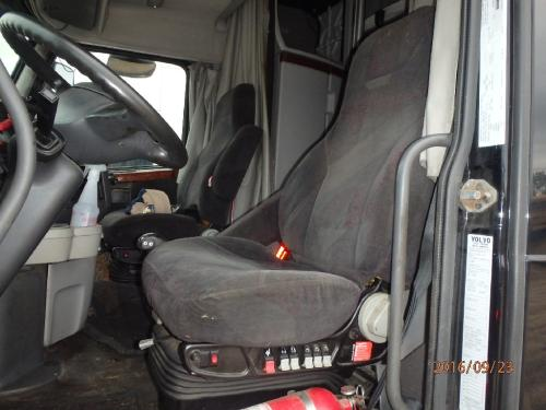 VOLVO VNL780 Seat, Front