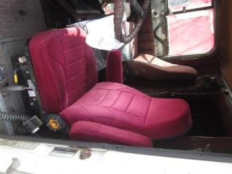 INTERNATIONAL F9300 Seat, Front