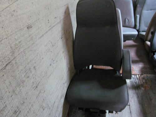 FORD LTL9000 Seat, Front