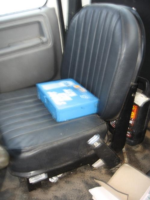 FORD F-SER Seat, Front