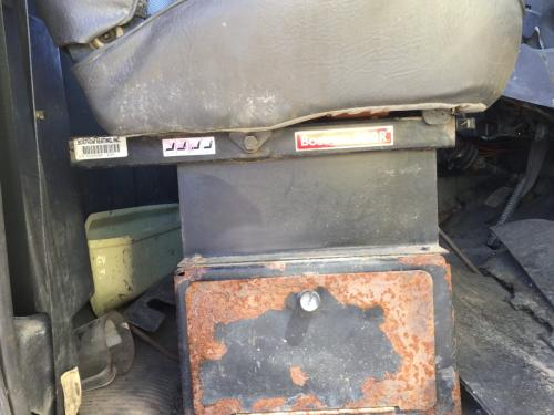 FORD LT8000 Seat, Front
