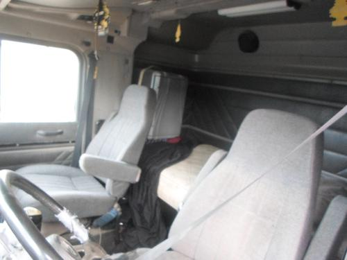 INTERNATIONAL 9000 SERIES  Seat, Front