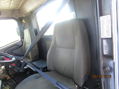 INTERNATIONAL 9100I Seat, Front