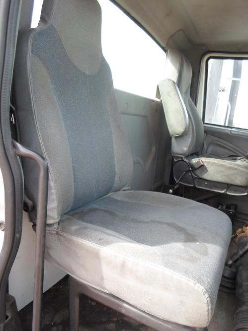 INTERNATIONAL 4300 / 7600 / 8600 Seat, Front