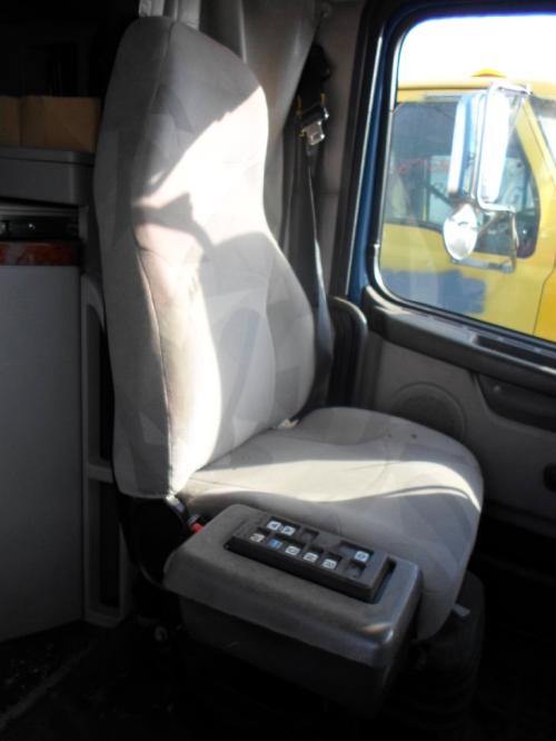 VOLVO VN Seat, Front