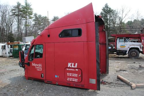 KENWORTH T2000 Sleeper