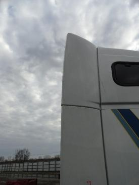 VOLVO VNL 670 Sleeper Fairing